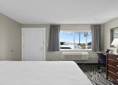 Astoria Rivershore Motel - Astoria - Bedroom