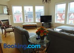 Water Street And Harborgate Condos - St. John's - Living room