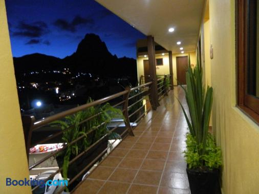 Hotel Plaza Bernal - Bernal - Balcony