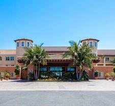 Grand Pacific Palisades Resort & Hotel