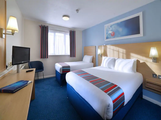 Travelodge Dublin Airport North 'Swords' - Swords - Bedroom