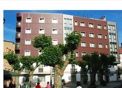 拉諾耶薩酒店 - 奧格羅韋 - 格羅韋 - 建築