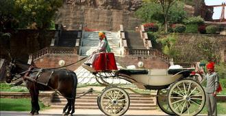 Welcomheritage Bal Samand Lake Palace - Τζοντχπούρ - Κρεβατοκάμαρα