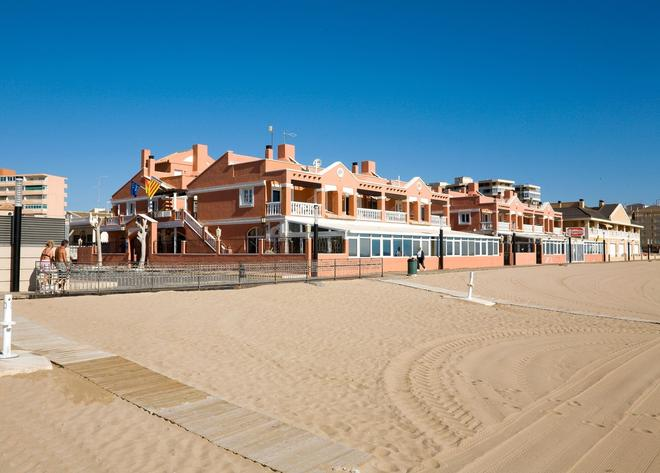 Lloyds Beach Club - Torrevieja - Building
