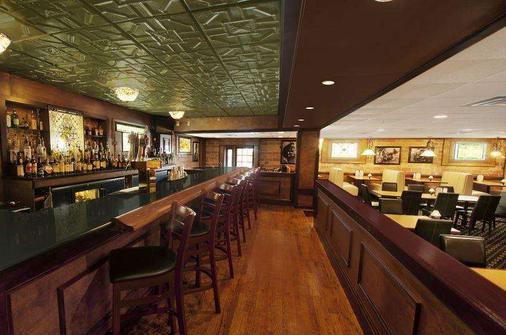 Mimslyn Inn Historic Hotels Of America - Luray - Bar