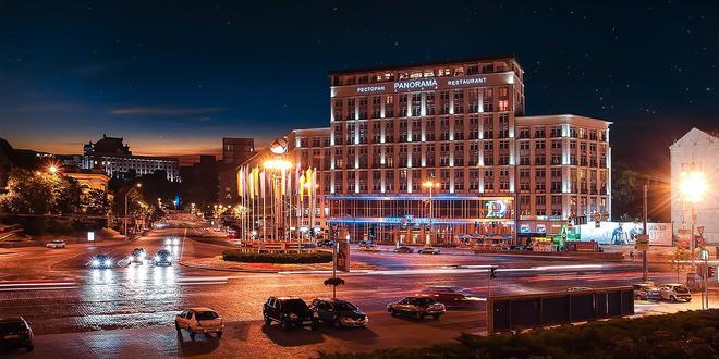 Hotel Dnipro - Κίεβο - Κτίριο