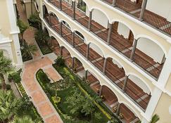 Hotel Solar de las Animas - Tequila - Building