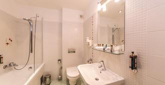 Boutique Hotel Bristol - Košice - Bathroom