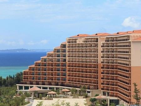 Kafuu Resort Fuchaku Condo Hotel - Onna - Gebäude