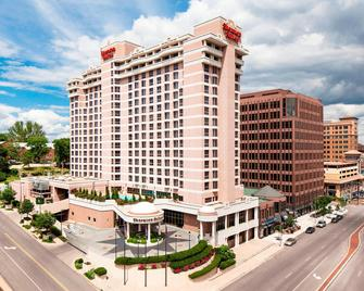 Sheraton Suites Country Club Plaza - Kansas City - Gebäude