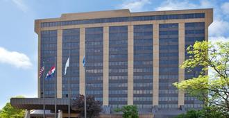 Adam's Mark Hotel & Conference Center At The Sports Stadium Complex - Kansas City - Bygning