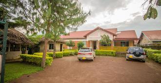 Muhabura Motel - Kisoro - Building