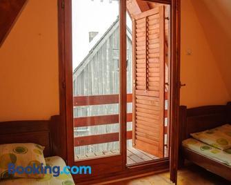 Rooms & Apartments Durmitor - Žabljak - Slaapkamer