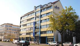 A&O München Laim - Munich - Building