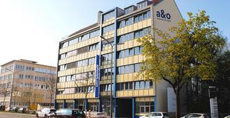 A&O München Laim - München - Gebäude
