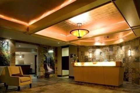 The Old House Hotel & Spa - Courtenay - Front desk