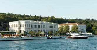 Four Seasons Hotel Istanbul at the Bosphorus - Estambul - Vista del exterior