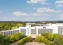 Crowne Plaza Canberra - Canberra - Building
