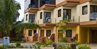 Lost Horizon Beach Dive Resort - Panglao - Uima-allas