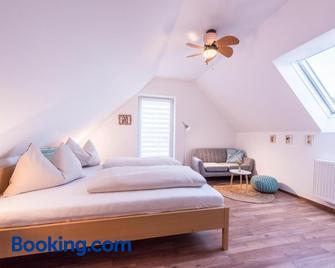 Winzer Suite - Weingut Dietl - Riegersburg - Bedroom