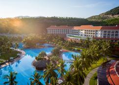 Vinpearl Resort Nha Trang - Nha Trang