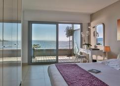 Royal Antibes - Luxury Hotel, Residence, Beach & Spa - Antibes - Bedroom