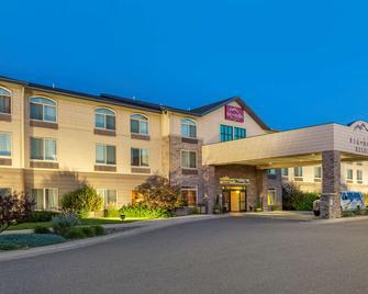 Big Horn Resort Ascend Hotel Collection - Billings - Building