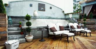Olive Boutique Hotel, A Small Luxury Hotel of the World - San Juan - Patio