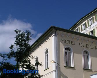 Hotel Quellenhof - Scuol - Building