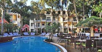 Phoenix Park Inn Resort - Candolim - Piscine
