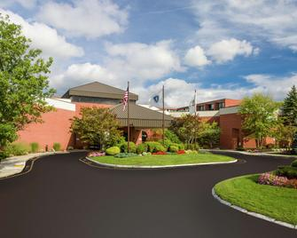 DoubleTree by Hilton Boston-Andover - Andover - Building