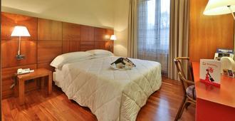 Best Western Hotel Crimea - טורינו - חדר שינה