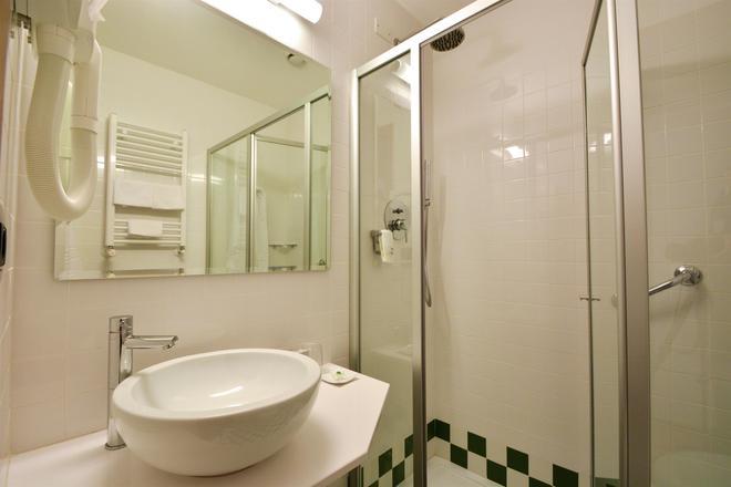 Best Western Hotel Crimea - Turin - Bathroom