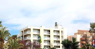 B&B Hotel Hyeres - Hyères - Edifício