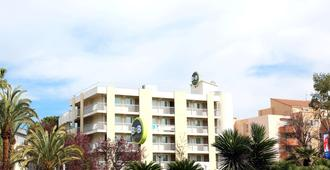 B&B Hotel Hyeres - Иер