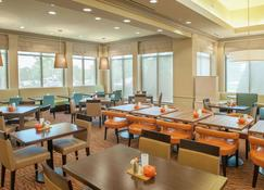 Hilton Garden Inn Pensacola Airport - Medical Center - Пенсакола - Ресторан