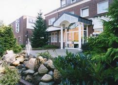 Hotel Hubertushof - Lingen - Building