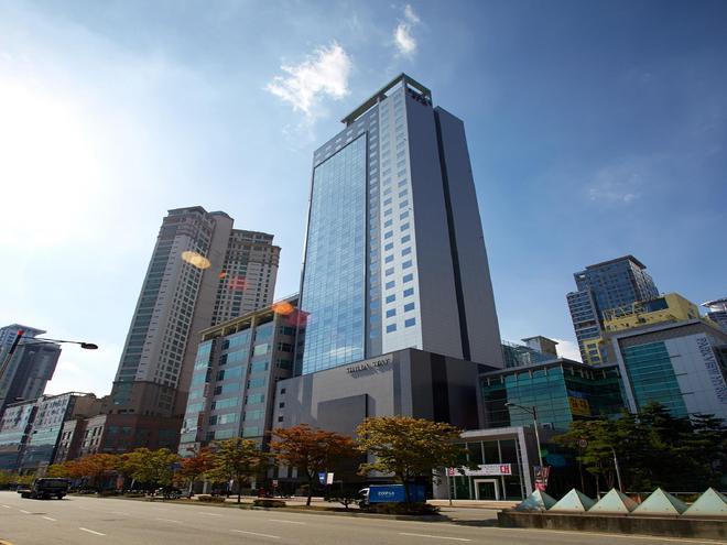 Shilla Stay Dongtan - Hwaseong - Building