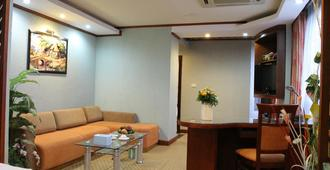 Perfect Hotel - Hanoi - Living room
