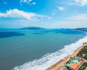 Intercontinental Nha Trang, An IHG Hotel - Nha Trang - Bãi biển