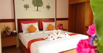 Airport Phuket Garden Resort - Sakhu - Bedroom