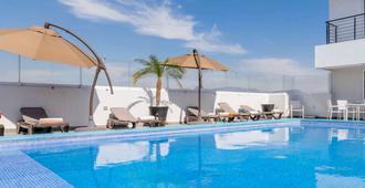 Hotel Stadium - León - Pool