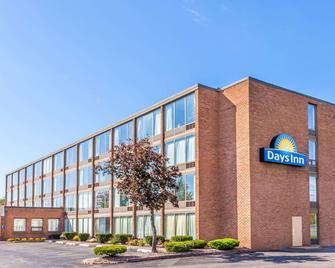 Days Inn by Wyndham Syracuse - Сірак'юс - Building