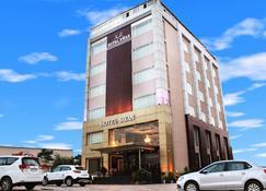 Hotel Swan - Панчкула - Здание
