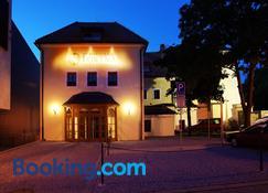 Restaurace a hotel Fortna - Chrudim - Building