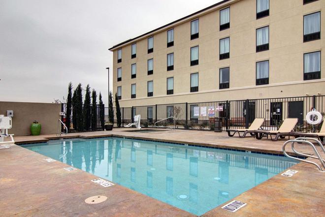 Comfort Suites Carlsbad - Carlsbad - Pool