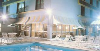 Plaza Blumenau Hotel - Blumenau - Pool