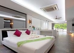 Green Forest Resort - Kathu - Bedroom
