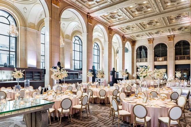 One King West Hotel & Residence - Τορόντο - Αίθουσα συνεδριάσεων
