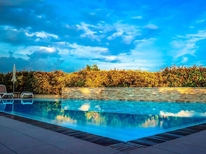 Hotel Relais Agli Olivi - Lazise - Pool